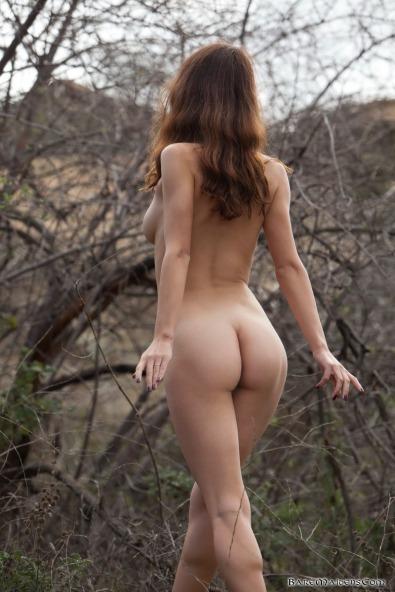 naha-fantasy-erotica-natural-medieval-girl-nude3