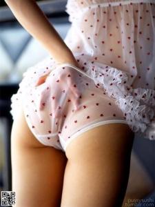 girl_in_pajamas